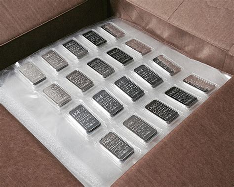 1 oz silver bar canada what of 1 oz silver bar should i buy buy gold