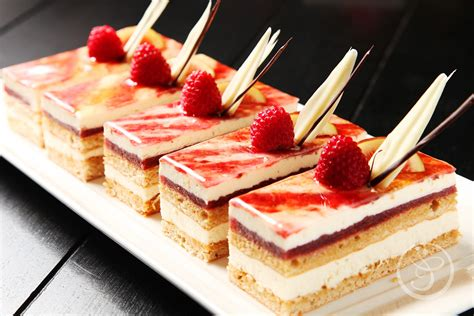 Petit Gateaux by The Pastry School