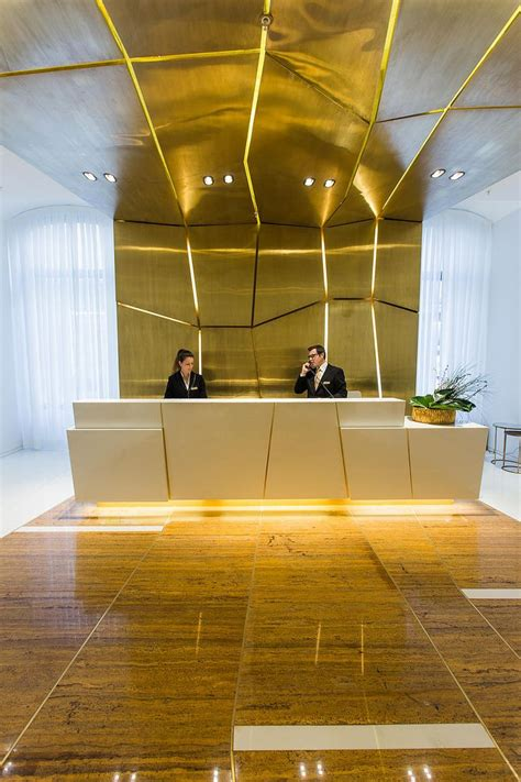 Hotel Reception Desk Design 25 Best Ideas About Hotel Reception On Hotel Reception Desk Hotel Lobby And Hotel