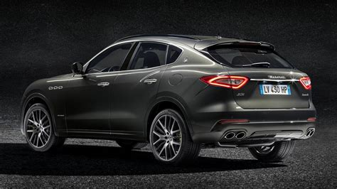 maserati levante wallpaper 2017 maserati levante gransport hd wallpaper background