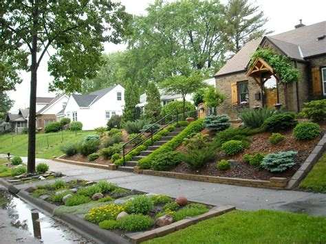 landscaping for sloped front yard with steps home