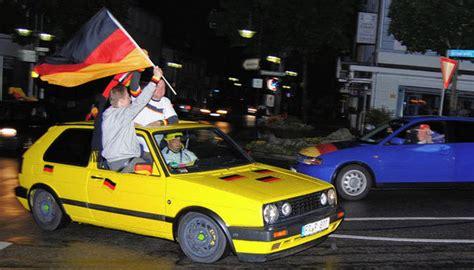 Polizei Aufkleber Auto Legal by Titisee Neustadt Euro 2012 Autokorsos Nicht Erlaubt