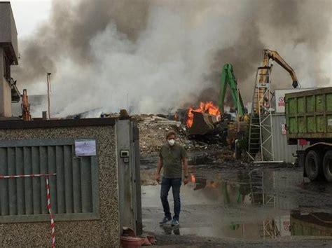 corriere pavia incendio di mortara vertice in prefettura a pavia