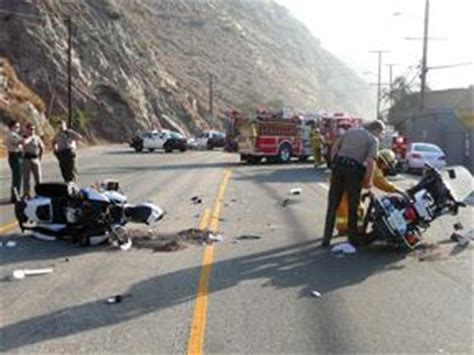 Pch Accident - deputies injured in pch motorcycle crash news malibutimes com