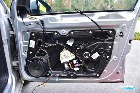 Vw Golf 6 Auto Lock by Front Door Trim Removal Volkswagen Mk6 Golf Autoinstruct