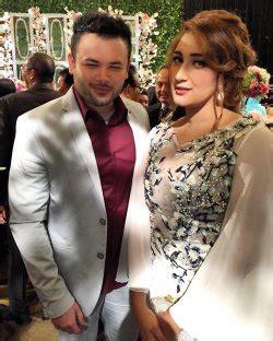 Jilbab Tania Rumbai 6 galau istri kurniawan lepas dan posting ini liputan6 news