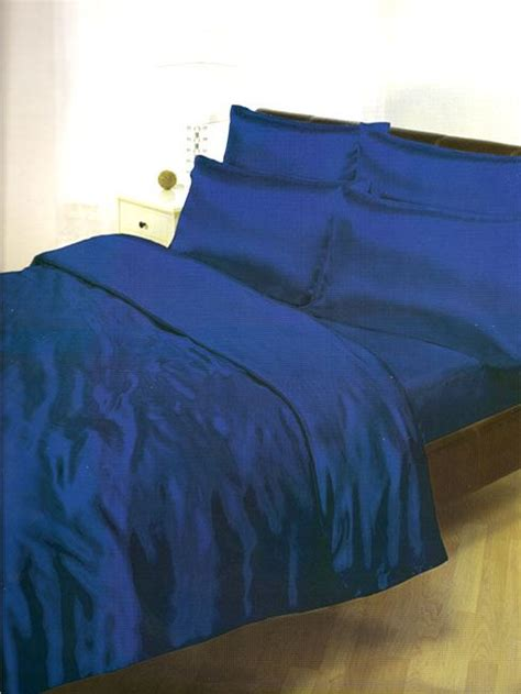 Fitting A Duvet Cover Satin Bedding Sets Duvet Cover Fitted Sheet