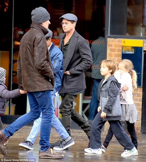 Brad Spend With Refugees by Brad Pitt And Family Move Into 8 Bedroom