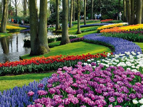 Top 7 Most Beautiful Gardens In The World Best Flower Garden In The World