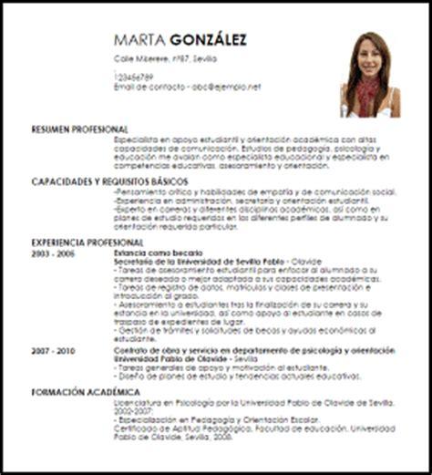 Modelo Curriculum Universidad Modelo Curriculum Vitae Especialista En Apoyo A Estudiantes Livecareer