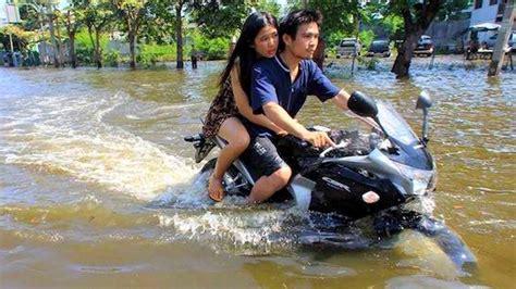 Wasser Motorrad by Water Motorbike Or Submarine Motorcycle