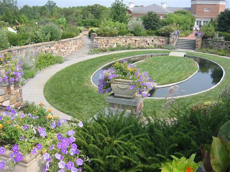 Lewis Botanical Gardens File Lewis Ginter Sunken Garden Jpg