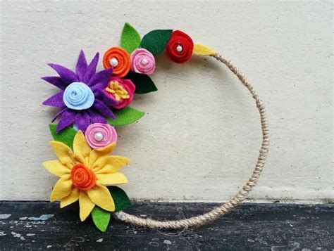 Learn How To Diy A Corsage by Diy Learn To Make Beautiful Flower Using Felt K4 Craft