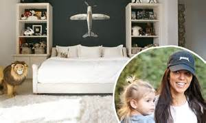 son bedroom kourtney kardashian shows off reign s bedroom daily mail