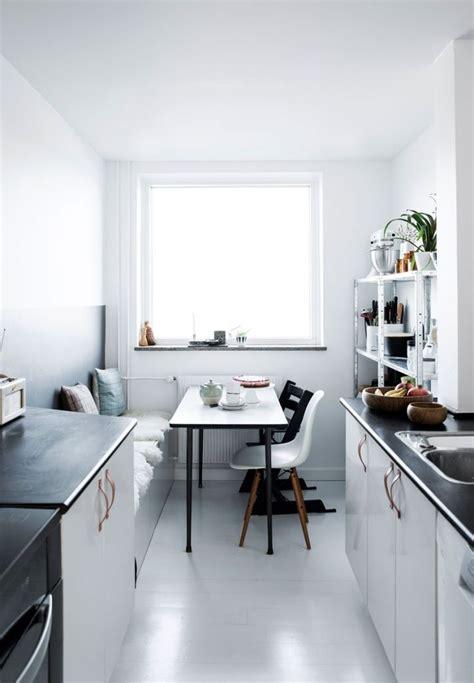 kleine wohnzimmer layouts die besten 25 kleine k 252 chen layouts ideen auf