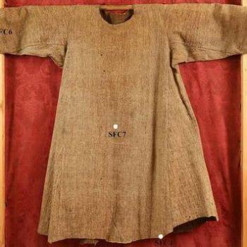 seamless robe of jesus dia 33 el escogio los clavos el regalo de la tunica