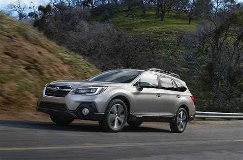 subaru outback 2018 2018 subaru outback brings minor updates in most areas
