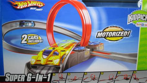 Hotwheels Set 6 wheels 6 in 1 track set with a booster loop and