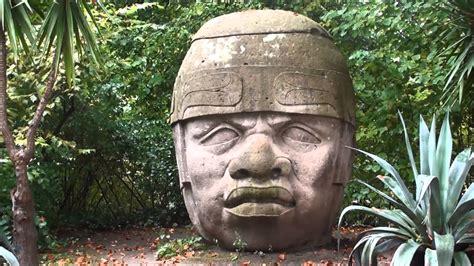 imagenes de olmecas la cabeza olmeca del parque tournay solvay en bruselas