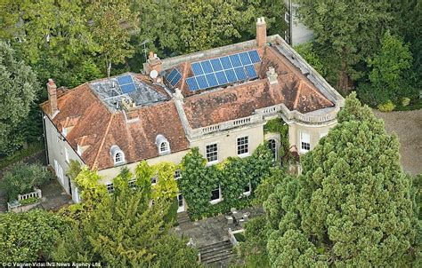 george clooney houses george clooney and amal alamuddin have diy plans for new 163 10m berkshire mansion daily mail online