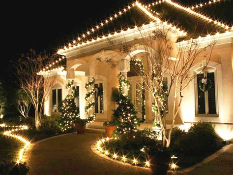 outside home christmas decorating ideas we have this cute idea for an outdoor christmas decoration