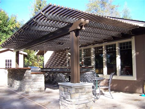 Backyard Lattice Structures by Keep Your Lattice Covered