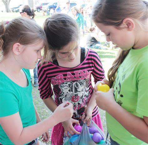 the bounty children checking the bounty news progress