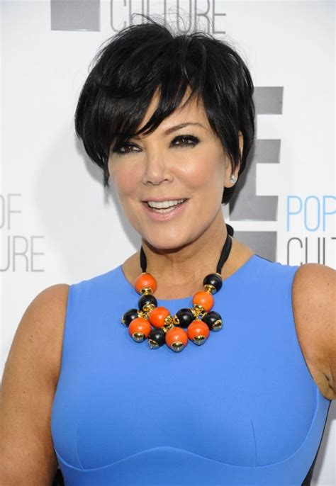 kris jenners hairstyles over the years 17 kris jenners hairstyles over the years celebrity