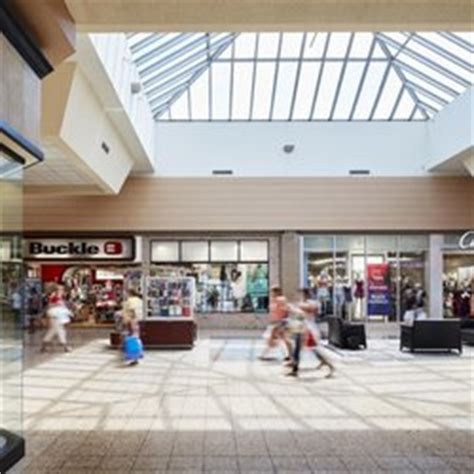 eastland mall 10 reviews shopping centers 800 n