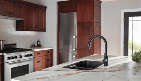 single handle pull  kitchen faucet  bl dst delta faucet