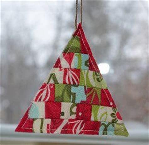 Patchwork Tree Decorations - modern patchwork tree ornament favequilts