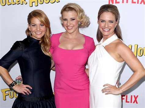 candace from full house candace cameron bure celebrates full house s 29th anniversary people com
