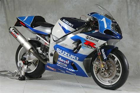 03 Suzuki Gsxr 750 Photos 33 Years Of Suzuki Endurance Road Racing Asphalt