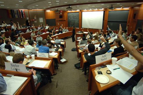 Mba Stanford Forum by File Students In A Harvard Business School Classroom Jpeg