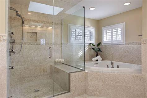 Impressionnant Peindre Un Plafond En Blanc Mat #7: Plafond-tendu-salle-de-bains-translucide-et-mat-blanc.jpg