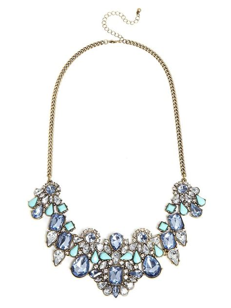 make a stunning singular statement with this bib that