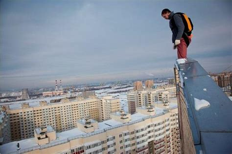 back tattoo man jumping off building gallery for gt jumping off a building parkour
