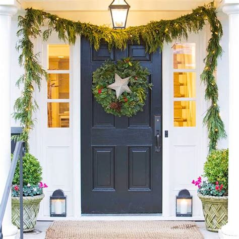 front door christmas decorations ideas christmas door decorating ideas for every house