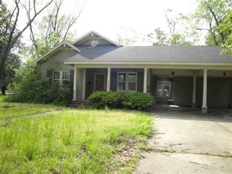 606 sixth ave cleveland mississippi 38732 foreclosed