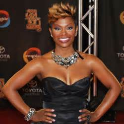 kandi burruss bob hairstyle take a look at a few of our favorite kandi burruss hairstyles