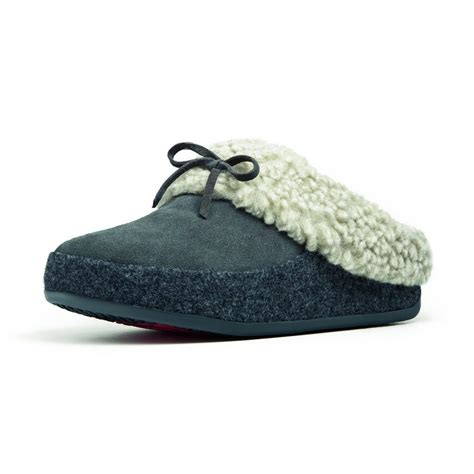 italian slippers fitflop the cuddler slipper in suede leather and italian