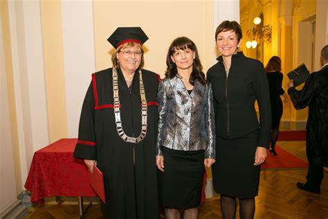 Felu Ljubljana Mba sveč podelitev certifikatov tretji generaciji felu mba
