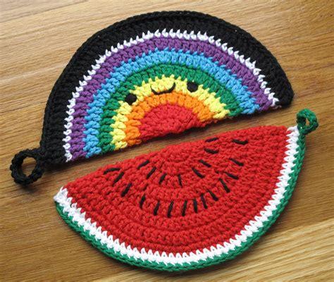 pattern pot holder super happy crocheted pot holder patterns by cherylcambras