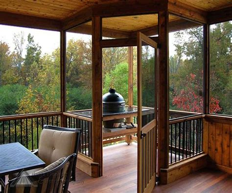 how to screen in a covered patio best 25 screened back porches ideas on