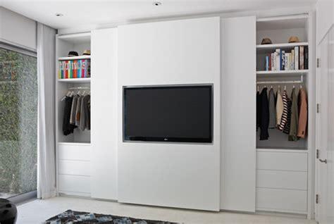 Tv Lsidi is safe for the tv on sliding door