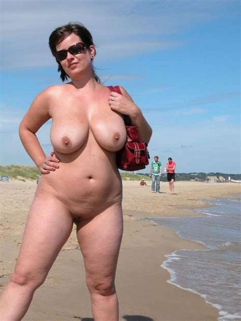 Naked Women On Nude Beach Picsegg Com