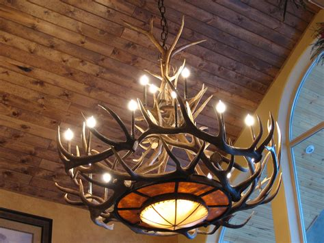 Cabin Lighting Decor by Tweed S Rawhide Mica Elk Antler Chandelier