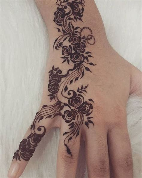 henna tattoo designs instagram henna design and beautiful roses on
