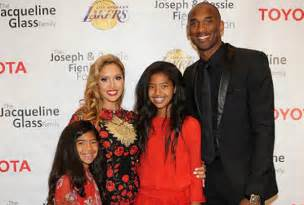 kobe bryant family biography in case you missed it the bryants honored at 2015