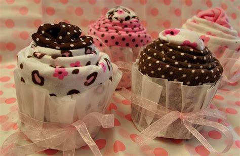 How To Make Handmade Baby Gifts - baby shower gift tutorial diy cupcakesies